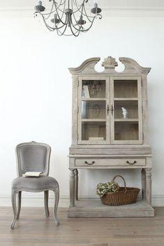 メモリーブロックとグレーイッシュなフレンチスタイルの家具 | *素敵リビング* by サラグレース