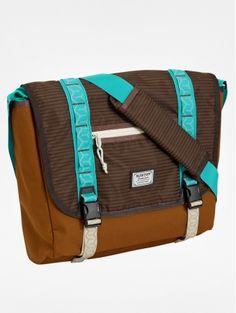Burton Flint Messenger Bag - Beaver Tail Crinkle: Urban grid or daily grind Burton`s classic Flint Messenger… Luggage Brands, Luggage Store, Eastpak Bags, Beaver Tails, Burton Snowboards, Laptop Bag, Bag Sale, Backpack Bags