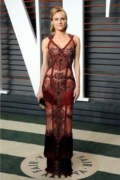 Diane Kruger in a Search Results risqué dress by Reem Acra Fall at the Vanity Fair Oscars Afterparty. Probably the only person who can pull this off and look amazing. Diane Kruger, Celebrity Red Carpet, Celebrity Style, Soirée Des Oscars, Sheer Dress, Dress Up, Dress Lace, Prom Dress, Bodycon Dress