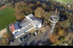 """Dietzenbach, auf dem Wingertsberg, Restaurant """"Zur schönen Aussicht"""", mit Aussichtsturm dabei. In dieser Gegend da oben kann man schön mit den Hunden laufen."""