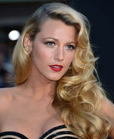classic hollywood hair style , love blake lively ♥