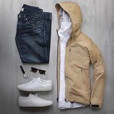 Men's Jackets For Every Occasion. Photo by Menswear Market Jackets are a must-have in the cold weather but it can also be used to accessorize an outfit. Mode Outfits, Casual Outfits, Fashion Outfits, Fall Outfits, Celebridades Fashion, Mode Cool, Mode Man, Der Gentleman, Herren Style
