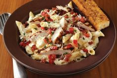 Three Cheese Chicken Penne Pasta – Applebees Style