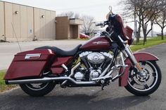 2010 Harley Davidson Street Glide, Price:$13,950. Cedar Rapids, Iowa #harleydavidsons #harleys #streetglide #motorcycles #hd4sale