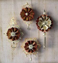 "sizzix ornaments | Ornament basiert auf ""Fancy Tags 2"" von Spellbinders, das Ornament ..."