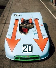 1970 Porsche 908/03. Group 6 Prototype-Sports Car class. Air-cooled 3liter flat-8. 350hp/257kW @8400rpm. 650kg/1400lb.