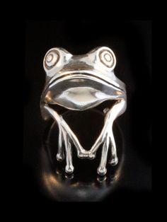 Rana di albero anello argento - anello raganella - rana gioielli argento rana - principe ranocchio - animali di martymagic su Etsy https://www.etsy.com/it/listing/37390427/rana-di-albero-anello-argento-anello