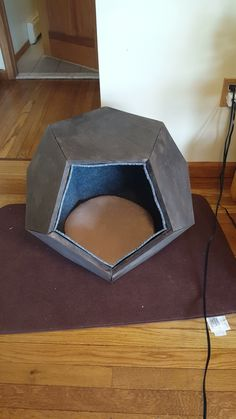 dodecahedron dog house
