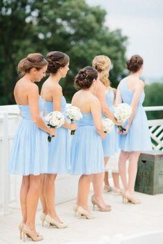 De jolies demoiselles d'honneur tout en bleu <3