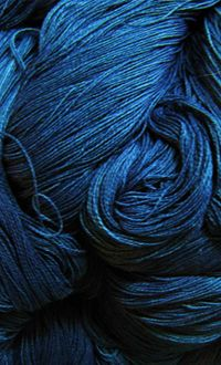 藍染めの綿糸 小島屋 cotton yarn of indigo dyeing / Kojimaya,japan
