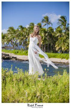 www.rightframe.net – Oahu Senior photography at Ko'Olina, Honolulu, Hawaii, portrait, portraits, ideas, idea, waikiki, hawaiian , photo, pictures, photos, pose, poses, posing, session, fun, seniors, High school, college, graduation, girl, girls, secret, beach, koolina, ko olina.