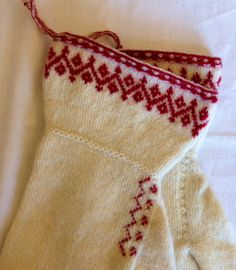 Twined knitted mittens from Ore in Sweden.