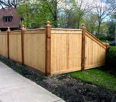 Best 10 Backyard Privacy Fence Landscaping Ideas On A Budget - zaun Privacy Fence Landscaping, Wood Privacy Fence, Privacy Fence Designs, Backyard Privacy, Backyard Fences, Backyard Landscaping, Wood Fences, Landscaping Ideas, Cedar Fence