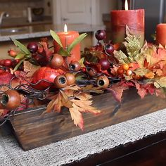 Make this stunningly simple table centerpiece that is perfect for Fall and Thanksgiving in about 15 minutes decor diy videos Create a Stunning Fall/Thanksgiving Centerpiece Table Centerpieces For Home, Harvest Table Decorations, Fall Centerpiece Ideas, Decoration Table, Wedding Centerpieces, Deco Rose, Autumn Decorating, Decorating Ideas, Decor Ideas