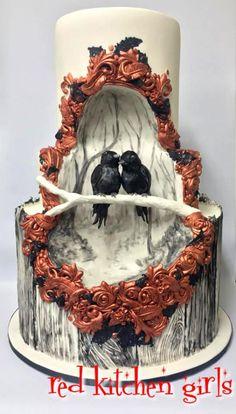 Black Bird Wedding by red kitchen girls - Cake decorating ideas Gothic Wedding Cake, Gothic Cake, Crazy Wedding Cakes, Black Wedding Cakes, Gorgeous Cakes, Pretty Cakes, Amazing Cakes, Cupcakes, Cupcake Cakes