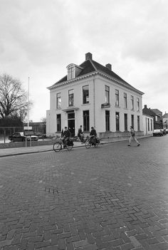 Postkantoor Haagweg-Esserstraat 1985.