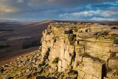 Stanage Edge in Derbyshire is a gritstone escarpment in the Peak District National Park