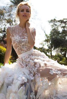 Oksana Mukha 2017 bridal collection #weddingdress #weddingdresses #weddinginspiration #weddinggown #bridalgown #bridalcollection