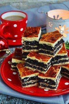 Mákos bejgli szelet Naan, Waffles, Deserts, Breakfast, Poppy, Food, Kitchen, Morning Coffee, Cooking