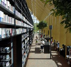 Book Mountain Spijkenisse