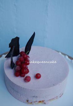 cakequeencake의  2월의 케익  #cakedesign #cake#감성케익#라즈베리크림치즈#baking#커피가게동경 #dessert#럽스타그램 #맞춤케익#르꼬르동블루#파티쉐#무스마스타클래스수업#왕십리베이킹 #desserttime #coffeetime