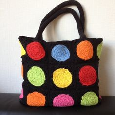 Crochet: Abstract Bag Pattern. http://www.jellina-creations.nl