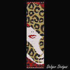 Leopard Lady Beaded Peyote Bracelet Cuff por FUNPATTERNDESIGNS