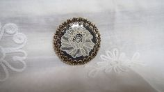 Vintage Goldtone Pin Brooch/Pendant with Brussels by karmolijntje, €4.50 SOLD