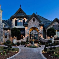 Utah parade of homes, casa ideal, stone mansion, dream mansion, luxury home Dream Home Design, Modern House Design, My Dream Home, Stone Mansion, Dream Mansion, White Mansion, Style At Home, Utah Parade Of Homes, Luxury Homes Dream Houses