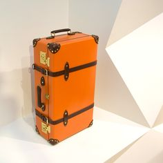 Classic Luggage | Hands on Globe-Trotter Luggage