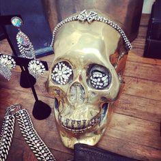 elle:    One styling skull @DANNIJO