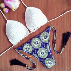 $12.84 Vintage Printed Crochet Halter Bikini Set For Women