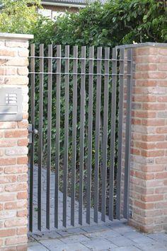 Schlosserei P H Hamburg Zaune Gitter Tore Turen Gartenturen Gartentore Holz Gartentore