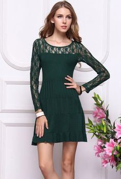 Green Contrast Lace Long Sleeve Pleated Dress pictures