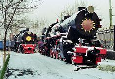 File:Soviet-steam-locomotive-te-5200-ex-german-52-tashkent.jpg