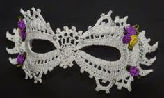 Adoring this #crochet mask in the post by Crochet N Beads