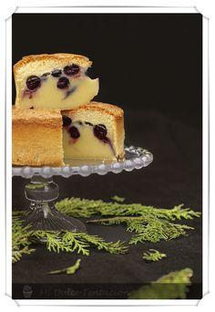 Hace ya años que prepare el pastel o tarta mágica (yo lo llamé pastel inteligente). Recuerdo que me sorprendió el corte, se textura y su s...