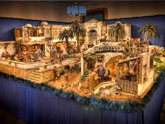 1 million+ Stunning Free Images to Use Anywhere Christmas Nativity Scene, Christmas Scenes, Christmas Villages, Christmas Crafts, Xmas, Fontanini Nativity, Free To Use Images, Nativity Crafts, Church Crafts
