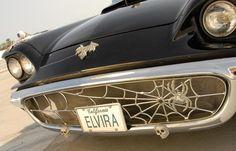 Elvira Thunderbird Grille  http://www.automedia.com/Elviras_Spooky_58_Thunderbird/pht20110601mm/1