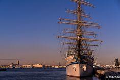 A sail ship