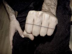 Black Line Tattoo Badass Tattoos, Love Tattoos, Unique Tattoos, Tatoos, Ink Tatoo, 16 Tattoo, Tattoo Arm, Hand Tattoos, Finger Tattoos