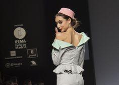 LADY CACAHUETE Y SUS AÑOS CINCUENTA ENCIENDE LA ÚLTIMA JORNADA DE LA MBFW MADRID OI 2014  http://streetdetails.es/lady-cacahuete-y-sus-anos-cincuenta-enciende-la-ultima-jornada-de-la-mbfw-madrid-oi-2014/