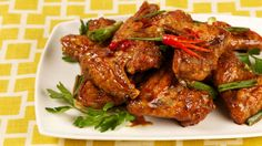 Chinese Sticky Chicken Wings granulated sugar sodium-reduced soy sauce or tamari soy sauce rice vinegar or cider vinegar five-spice powder chicken wings white pepper vegetable oil green onions cloves garlic hot red pepper Spicy Recipes, Asian Recipes, Cooking Recipes, Chef Recipes, Copycat Recipes, Cooking Ideas, Food Ideas, Dinner Recipes, Healthy Recipes