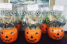 Peace, Love & Pastries #Nola #SugarCookies #Halloween #CookieBouquet