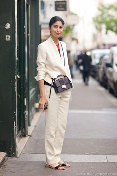 well suited #CarolineIssa. Paris.