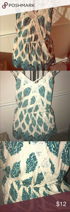 Cute paisley romper Spaghetti strap romper with lace out lining v-neck and pockets green blue ad beige paisley pattern Other