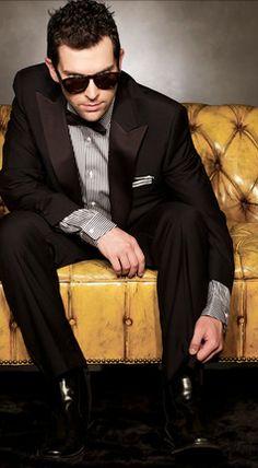 Chris Mann <3 I love him & his beautiful voice! :)