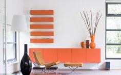 Pastoe - Eigen Huis & Interieur--Salmon Sideboard-Barcelona Chair