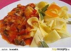Cuketovo - rajčatová směs se zelím a bylinkami recept - TopRecepty.cz Cantaloupe, Pork, Fruit, Ethnic Recipes, Sweet, Kale Stir Fry, Candy, Pork Chops