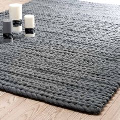 1000 images about tapis on pinterest ikea stockholm and urban outfitters. Black Bedroom Furniture Sets. Home Design Ideas